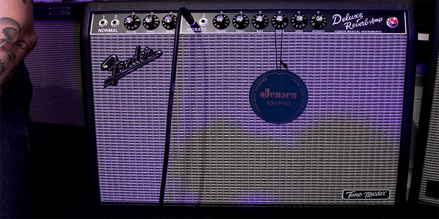 Fender Deluxe Reverb Tone Master Front