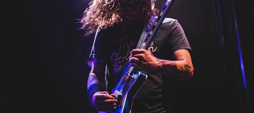 En långlivad sträng för gitarr och bas som behåller ton och känsla